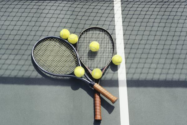 Tennis Equipment0