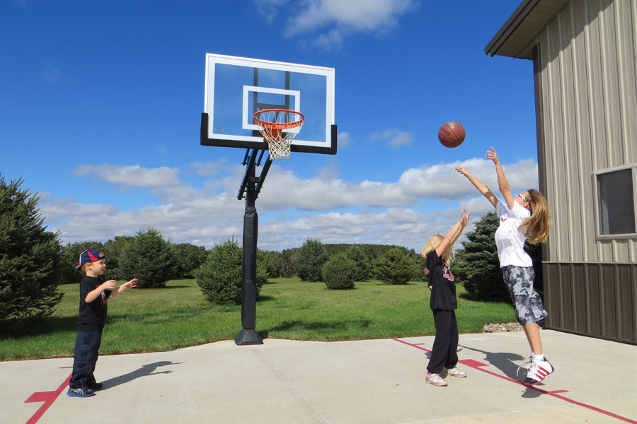 Basketball Goals and Basketball Hoops
